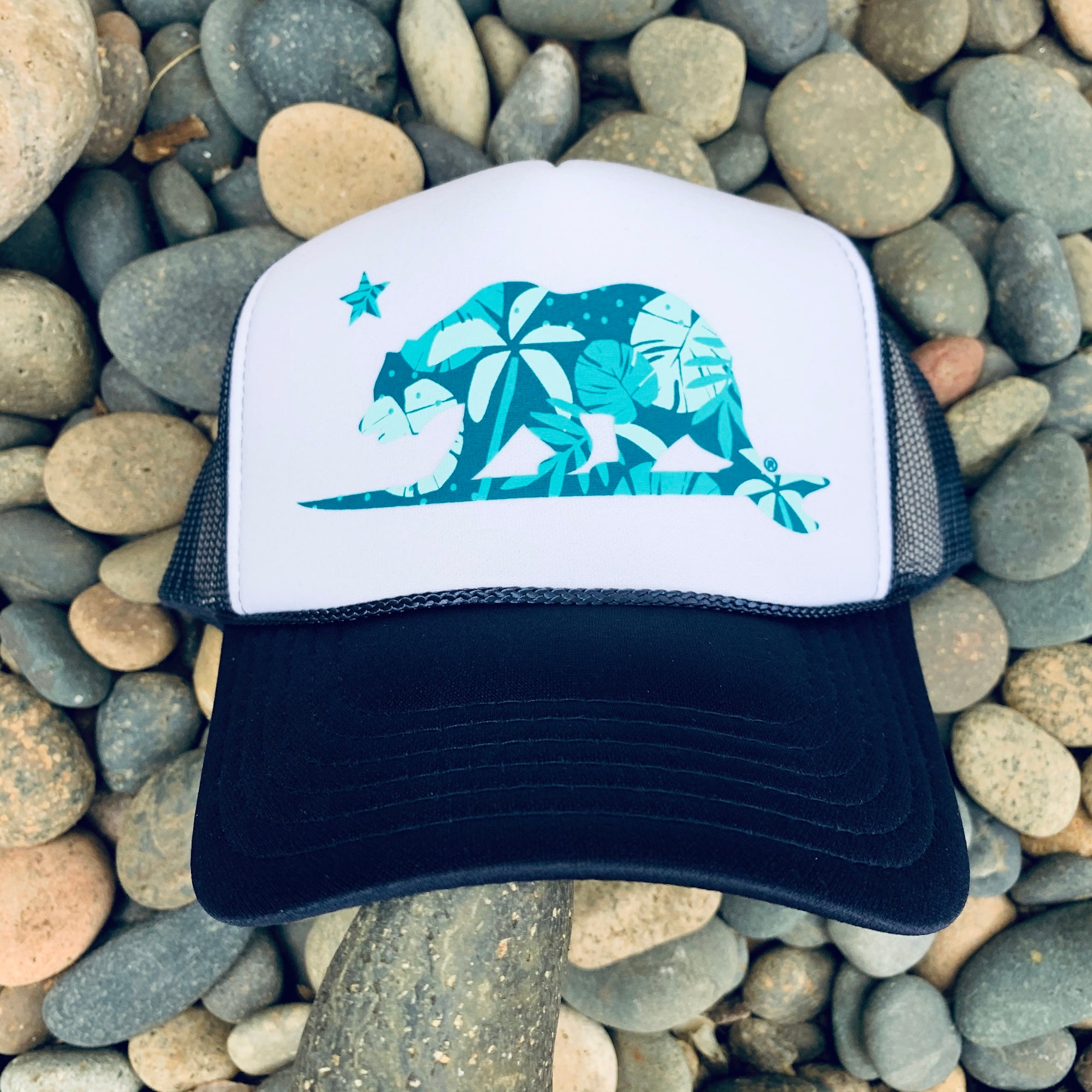 Monstera Surfbear® Trucker hat