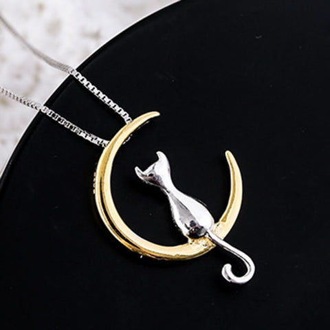 Cat On The Moon Pendant -  pets n stuff