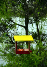 Load image into Gallery viewer, Birdfeeder Type 2 - The Weaver's Nest