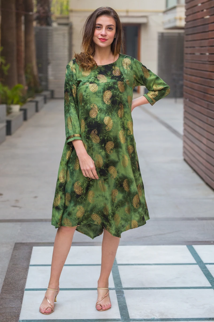 JADE LEAFY MATERNITY & NURSING HORIZONTAL ZIP DRESS