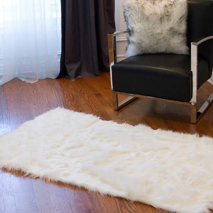 "HomeRoots 60"" x 36"" Off White Rectangular Faux Fur - Area Rug"