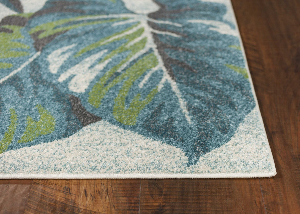 "HomeRoots 3'3"" x 4'11"" Polypropylene Teal/Green Area Rug"