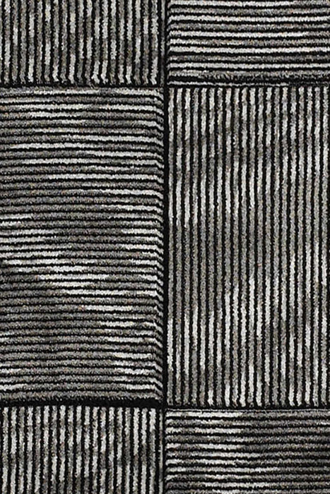 "HomeRoots 0.5"" x 23"" x 34"" Polypropylene and Latex Gray Polypropylene Power Loomed Rug"