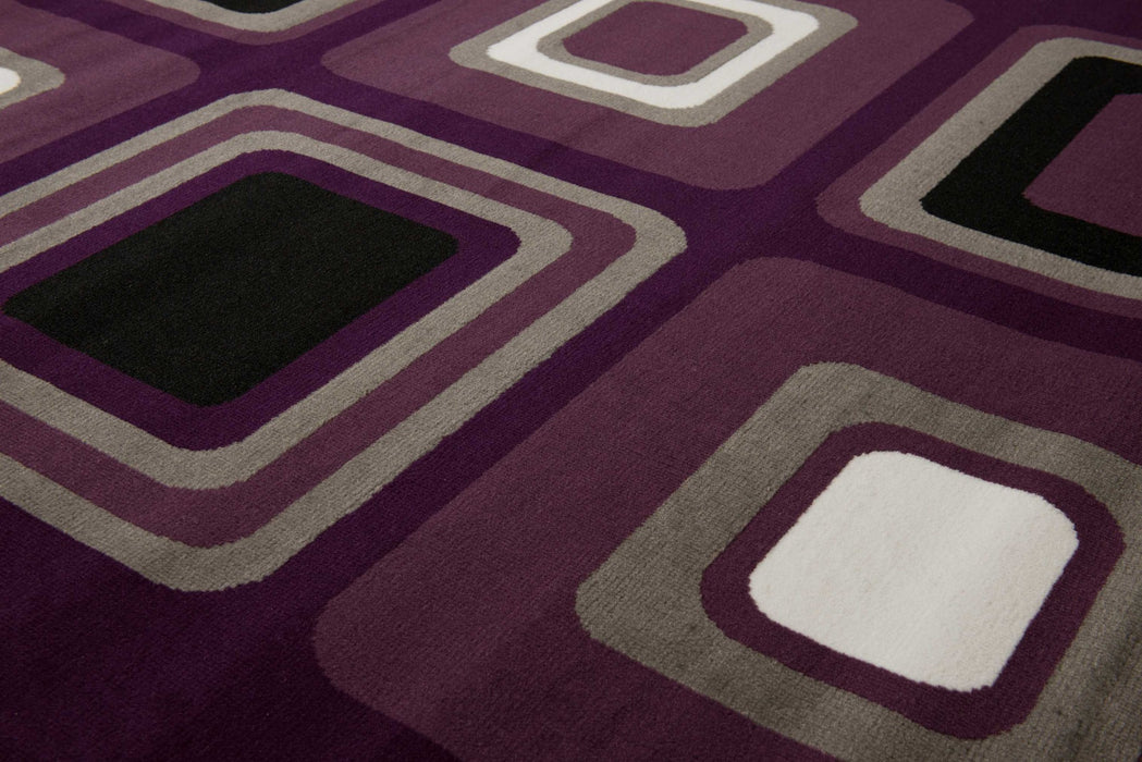 "HomeRoots 33"" x 39"" x 0.31"" Lilac Polypropyelene Accent Rug"