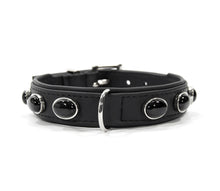 Laden Sie das Bild in den Galerie-Viewer, KvK Handcrafted Black Nights Collar