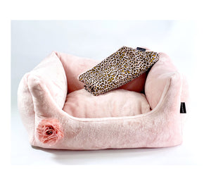 Super Soft Dog Lounge mit angesagtem Leo Design