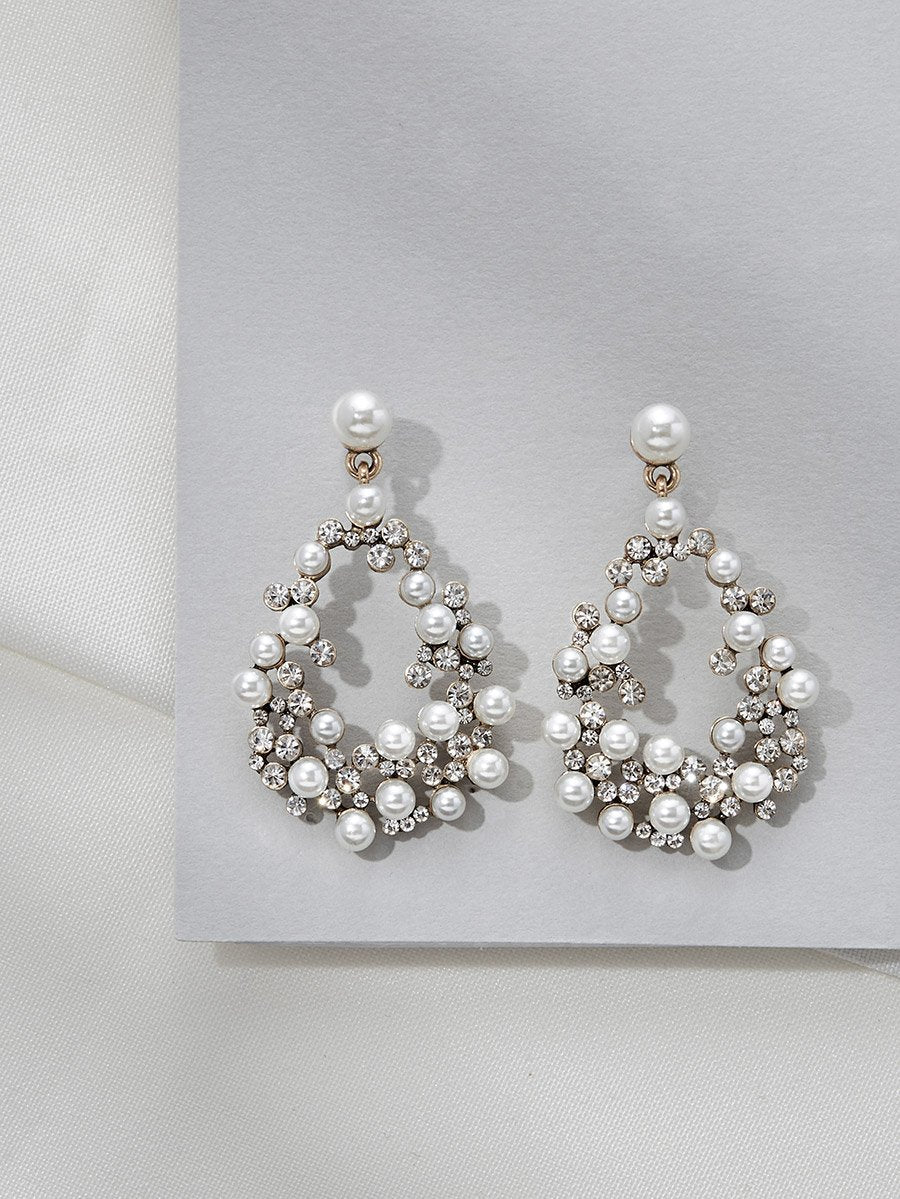 Olive & Piper Gold  'Avery' Pearl Cascade Earrings