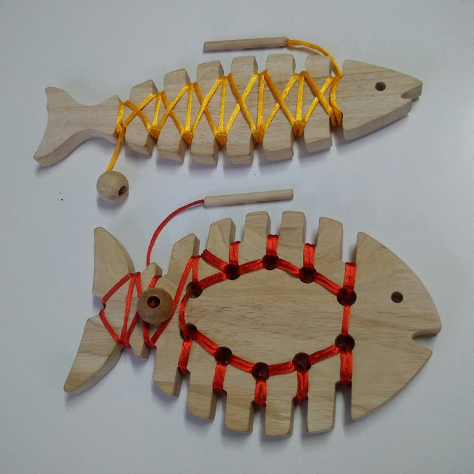 Lacing Fish - Set of 2