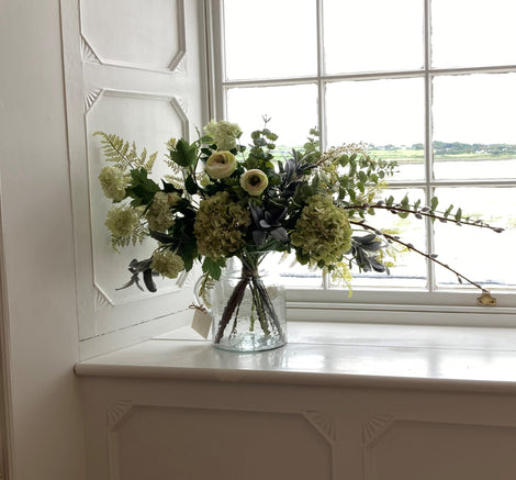 FAUX FLORAL ARRANGEMENTS AND PLANTS