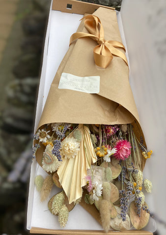 Dried Flower Bomb Bloom Box