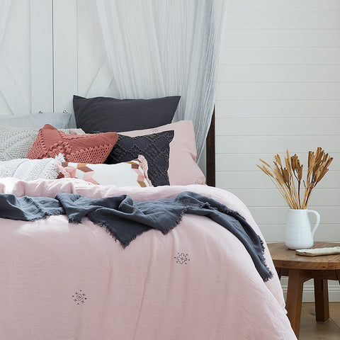 Ana Quilt Cover Set - Baines Manchester