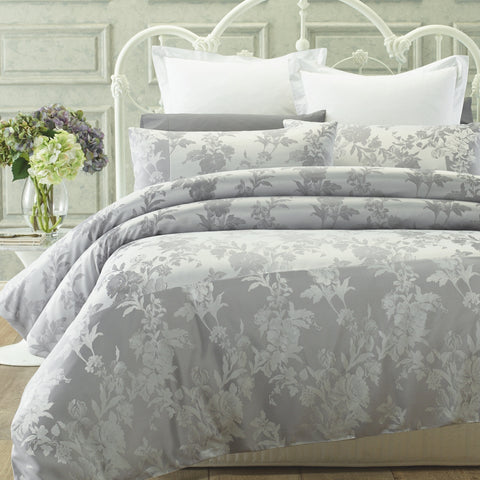 Balmoral Quilt Cover Set - Baines Manchester