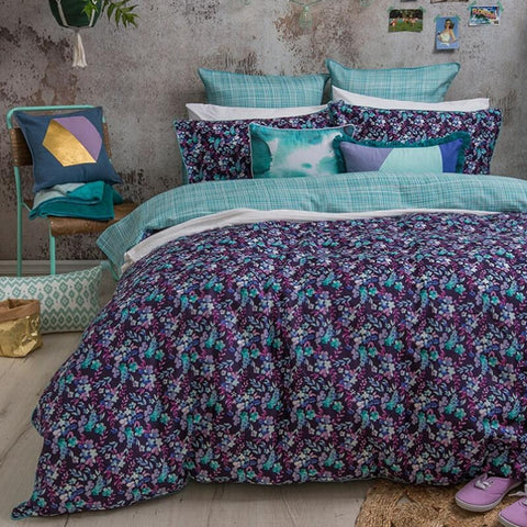 Evelyn Quilt Cover Set - Baines Manchester