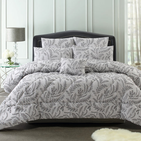 Mabel 6 Piece Comforter Set
