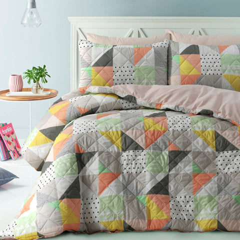 Memphis Quilted Quilt Cover Set