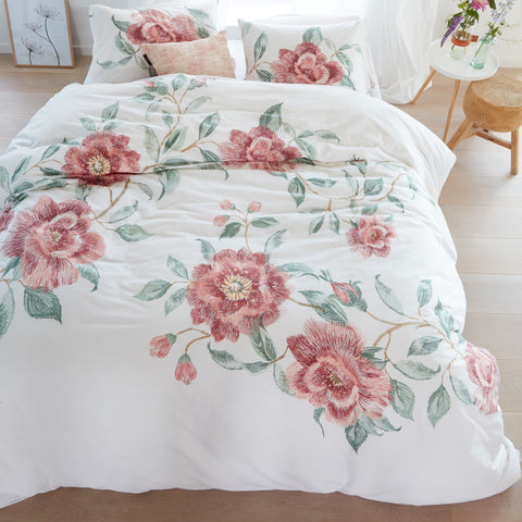 Rosette Pink Quilt Cover Set - Baines Manchester