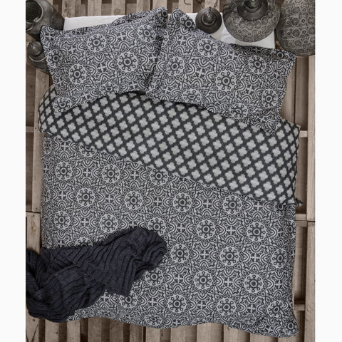 Arabesque Charcoal Quilt Cover Set