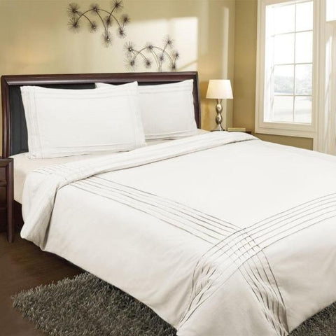 Pintuck Quilt Cover  White ONLY