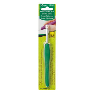 Clover Amour Crochet Hook 5.5mm (1048) - buy from J G Creations (Australia)