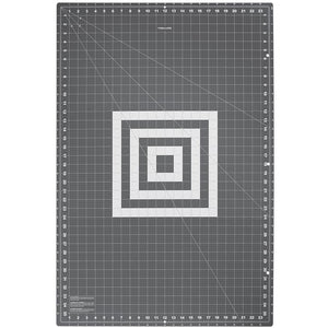"Fiskars Folding Cutting Mat (Choice of Size 18""x24"" or 24""36"")"