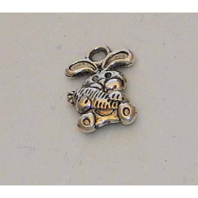 Charms Silver Toned Rabbits with Carrots/ Bunny with Carrot Pack of 6