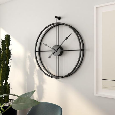 Large Black Circular Metal Quartz Wall Clock of diameter 55cm with display type of needle,1×AA Carbon Battery Operated,abstract patterned,width of 55cm,single face form.Weight is 2000g, available exclusively on Shahi Sajawat India, the world of home decor products.Best home decor and living room decor ideas of 2019.