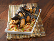 Load image into Gallery viewer, Whole Cooked Mussels