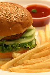does consuming junk food worsen acne?
