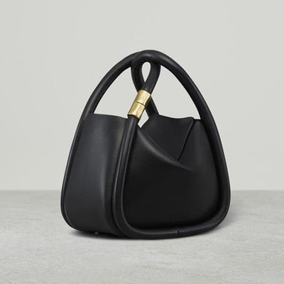 Elinor Satchel