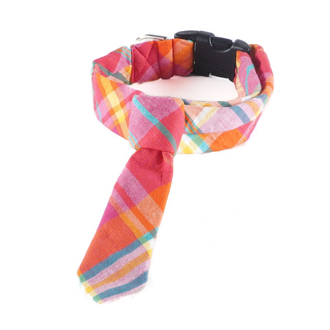 Happy Plaid Tie Collar