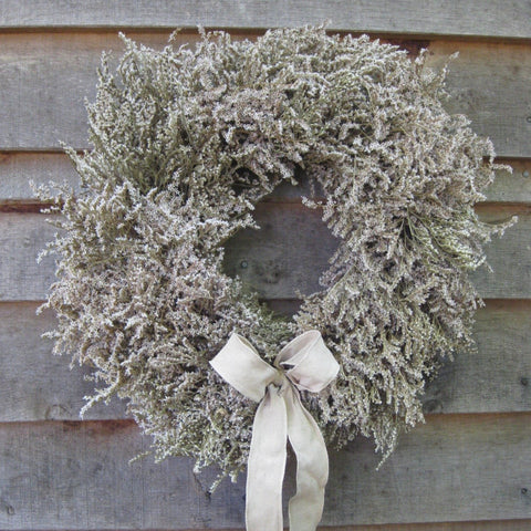 Christmas wreath of dried limonium.