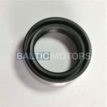 Load image into Gallery viewer, OMC Stringer Transom Oil seal 911019
