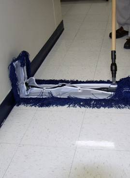 Fas-Trak Flop Mop Hi Performance Folding Dust Mop System