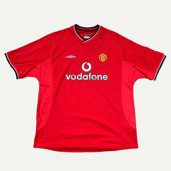 Vintage Umbro Manchester United 2000-2002 Football Shirt