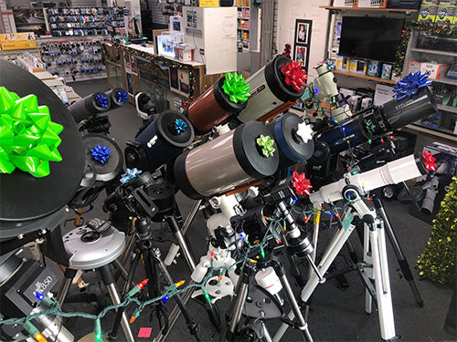 Showroom of Woodland Hills Camera & Telescopes