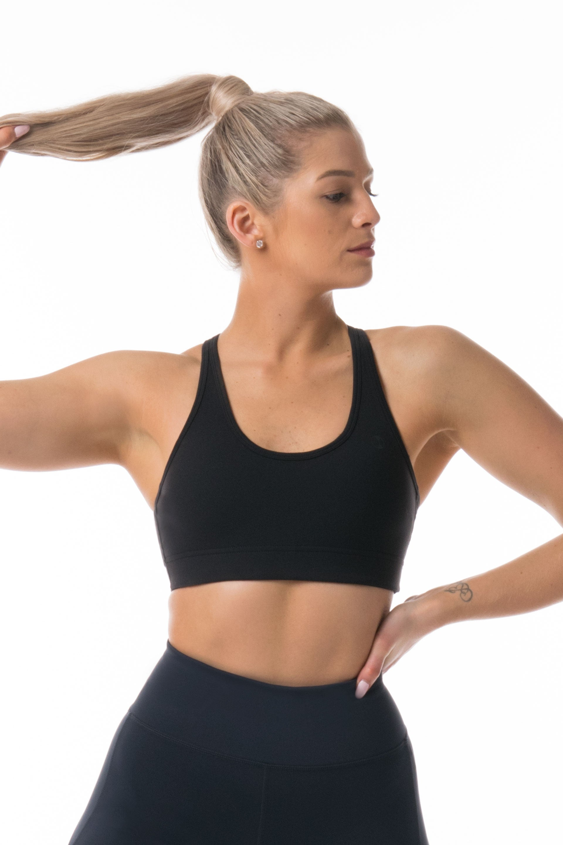Cut Out Sports Bra - BLACK