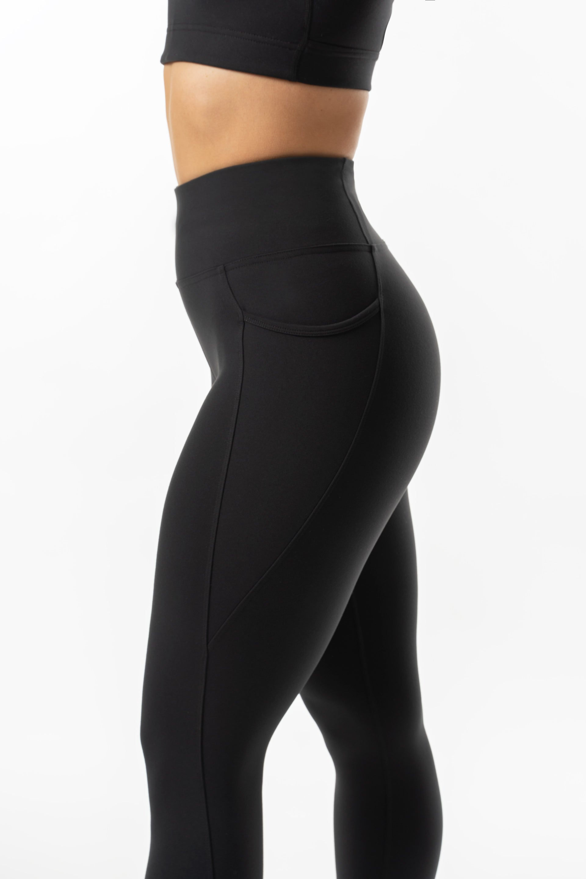 HIGH WAISTED SIDE POCKET F/L TIGHT - BLACK