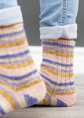 easy knitting pattern socks