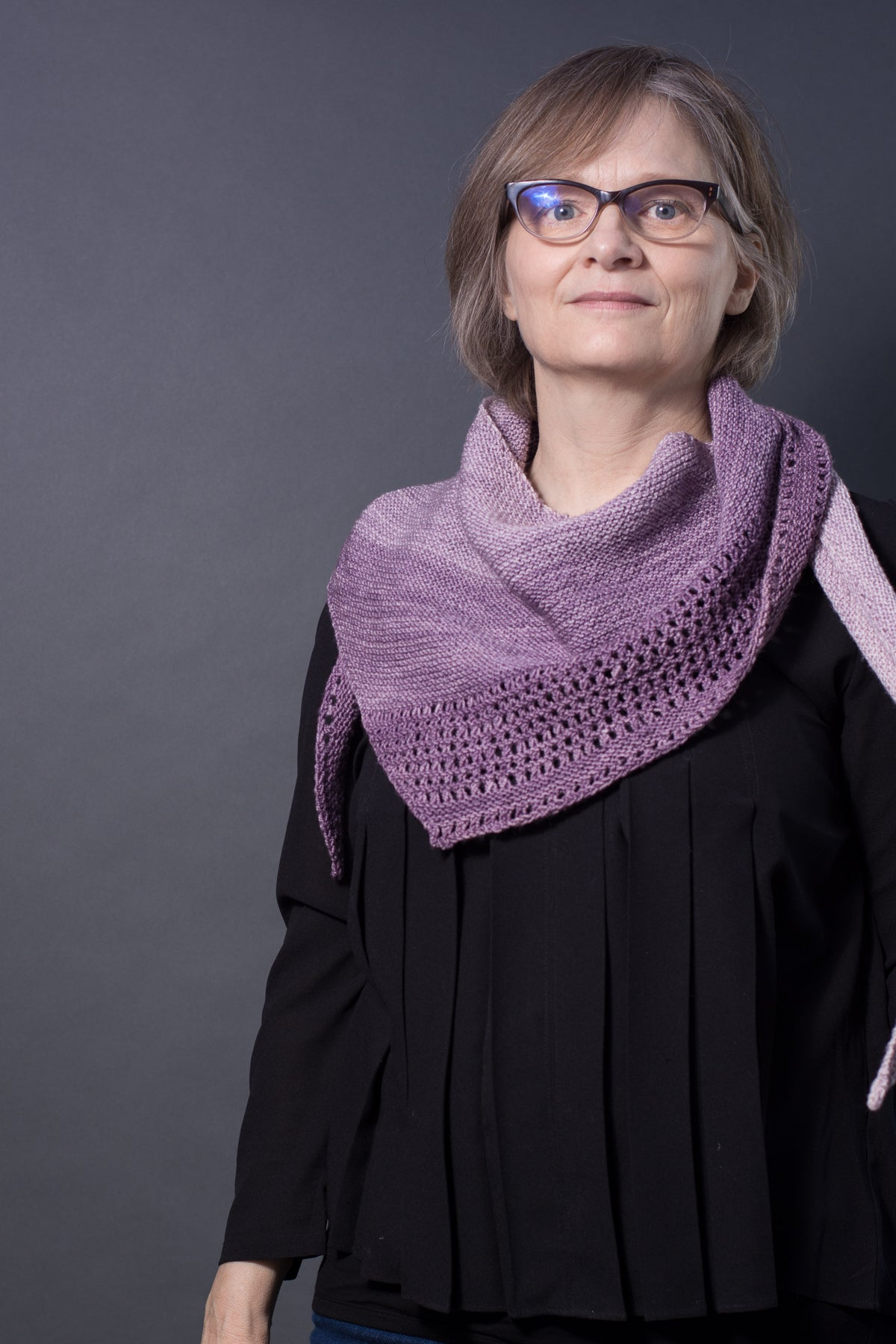 sideways triangle knit scarf