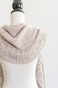 Curved shaped shawl pattern