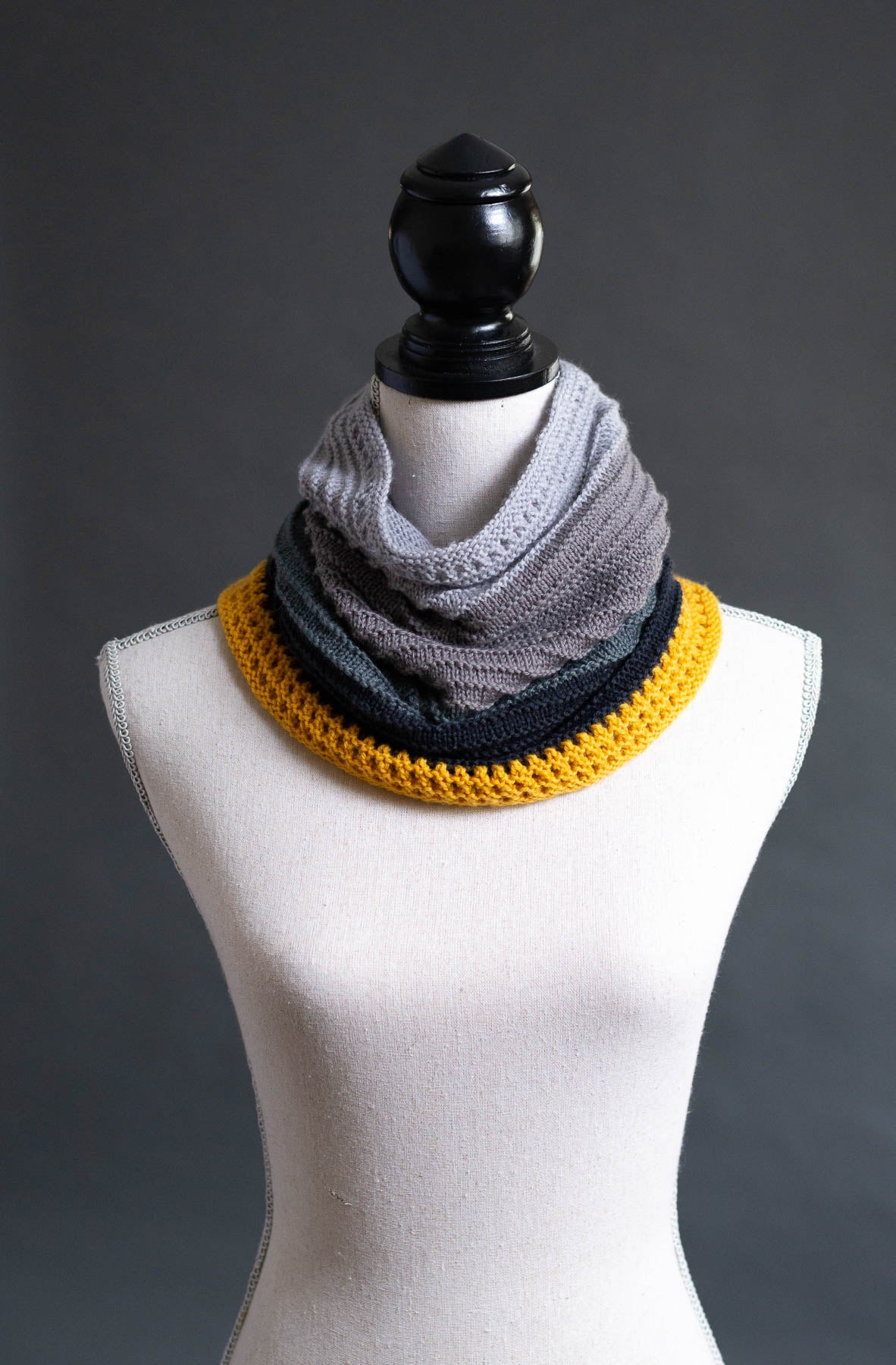 Ridges and Eyelets with a Twist Cowl Pattern