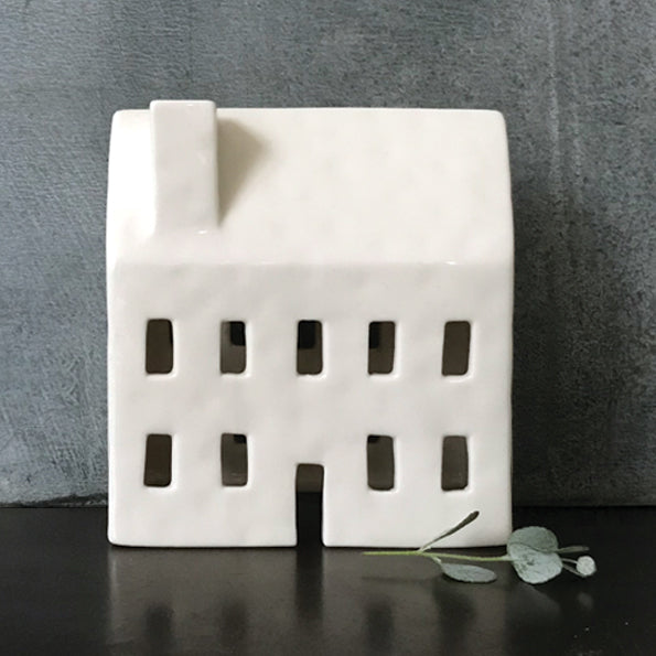 Porcelain Tea Light House No 86