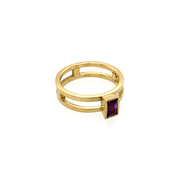 Ring Gold 750 Safir facettiert 0.55 ct - R114
