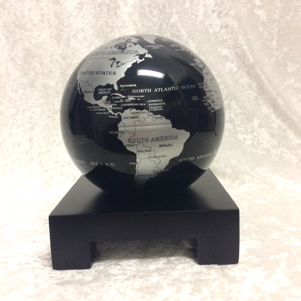 MOVA Globe Silver/Black with stand
