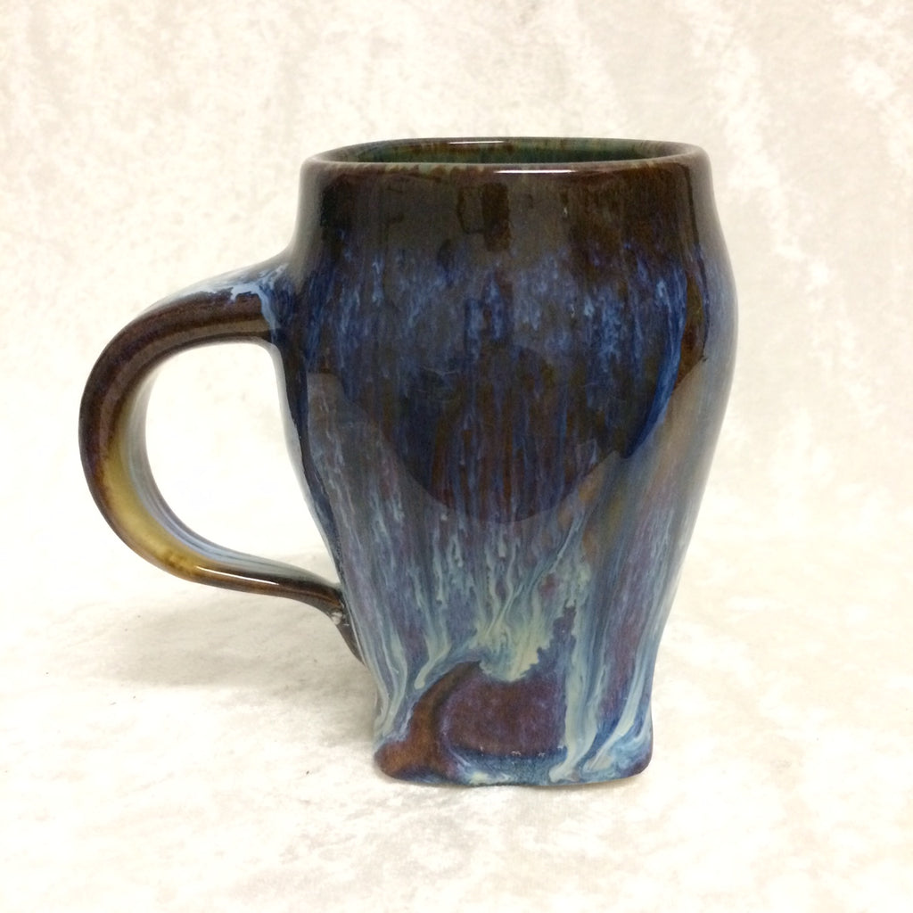 Porcelain Pottery Carved Mug