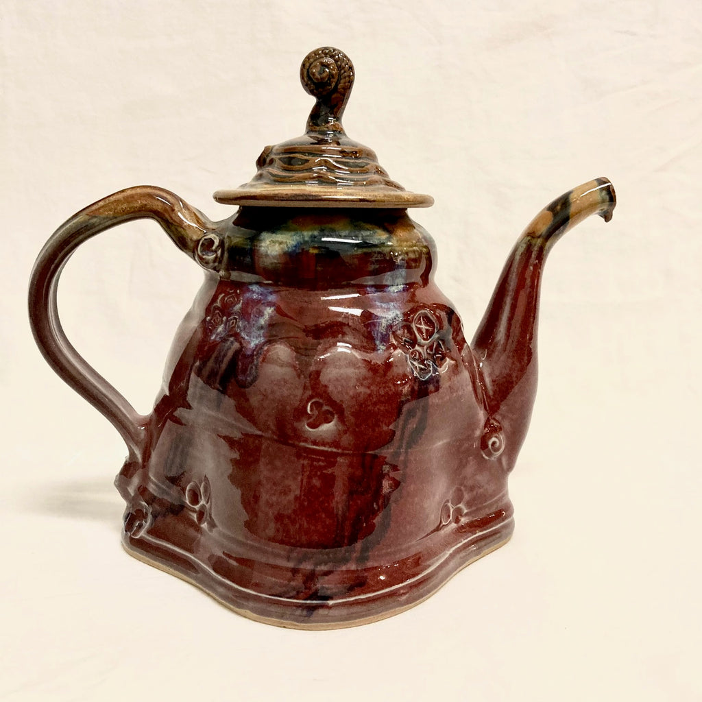 Wide Base Teapot
