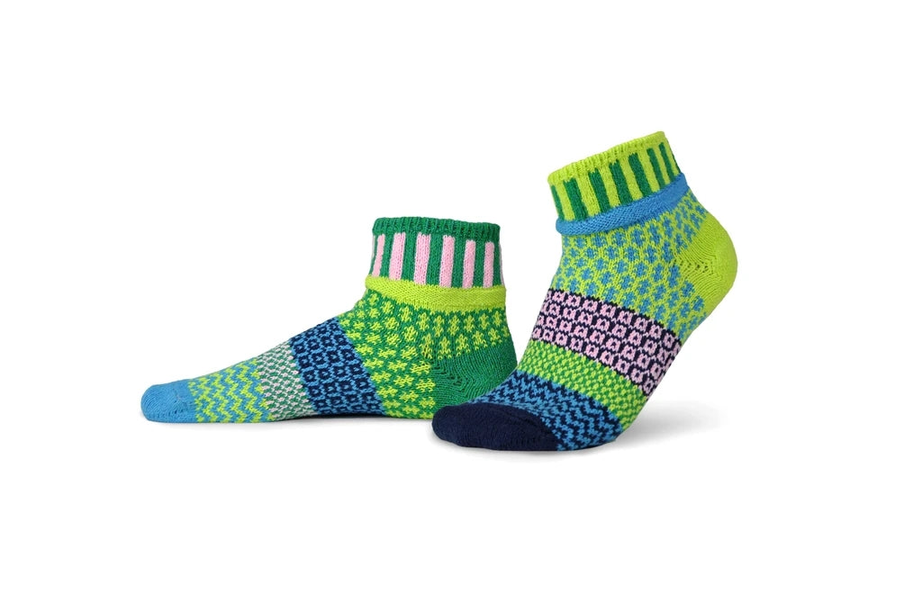 Solmate Socks Adult Quarter Water Lily