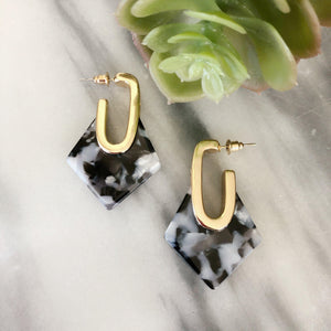 Nasreen - Diamond Geometric Resin Earrings Earrings Alora Boutique