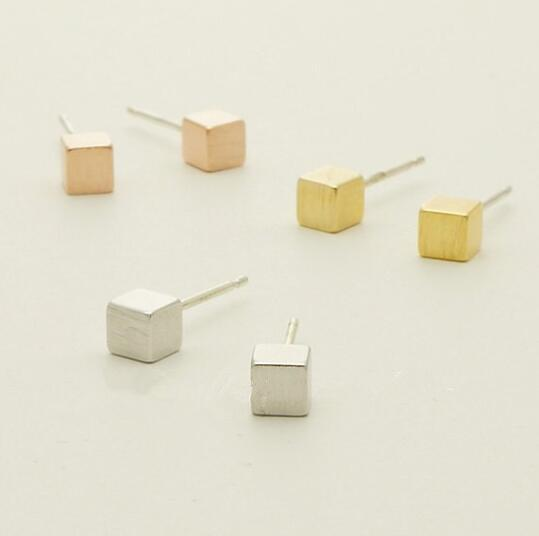 Leslie Cube Stud Earrings Earrings Alora Boutique Silver