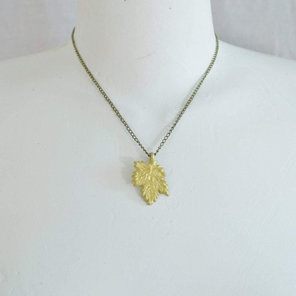 made clr tone co maple symbol necklace collar leaf canadian usa ky gold charm